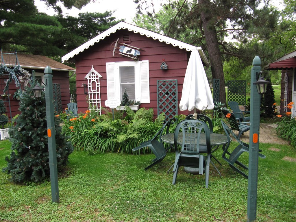 Wildflower Cottages of Pequot Lakes