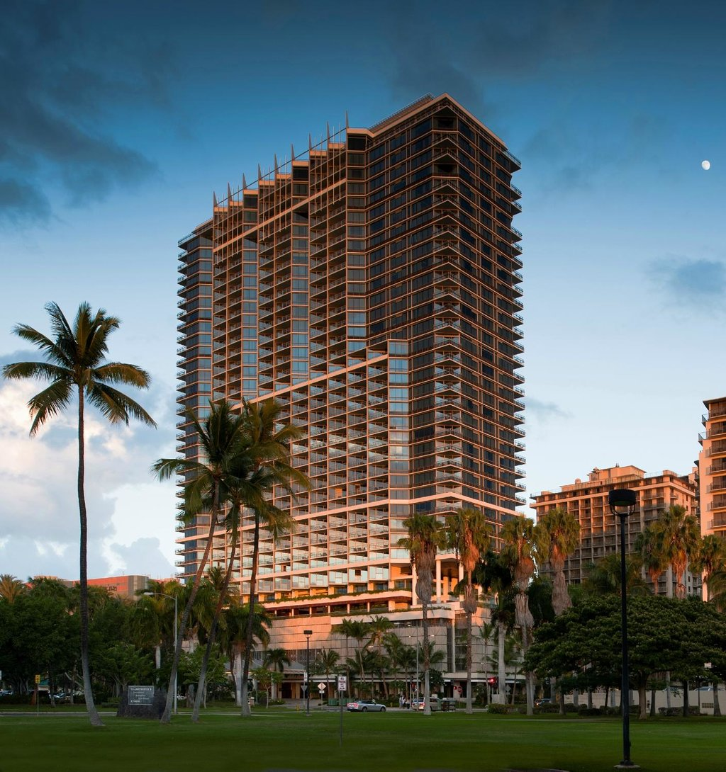 Trump International Hotel Waikiki Beach Walk