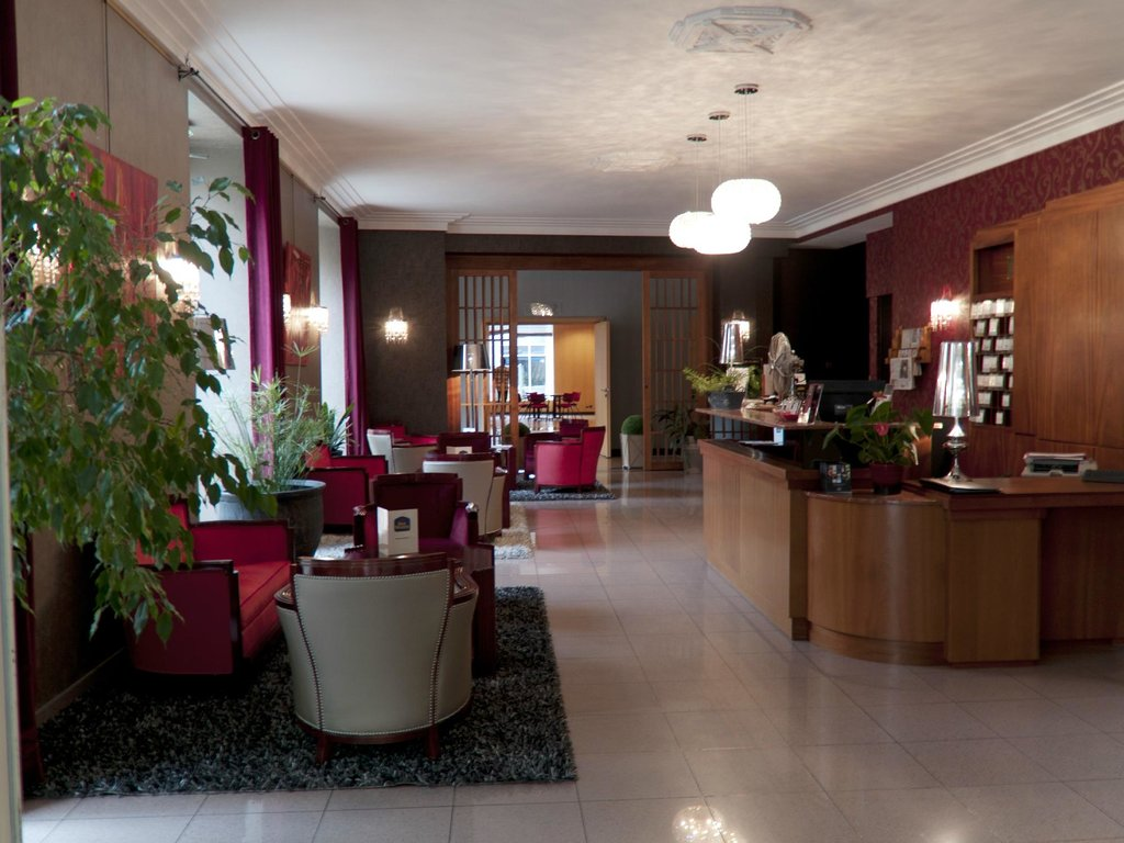 ‪BEST WESTERN Poitiers Centre Le Grand Hotel‬
