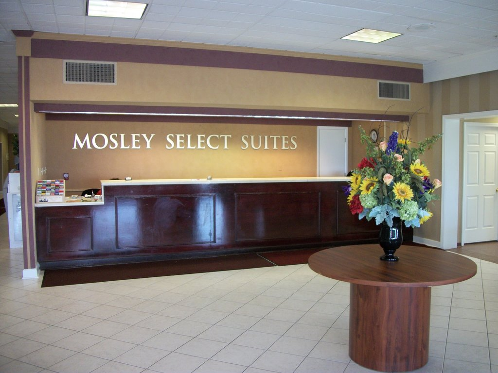 Mosley Select Suites