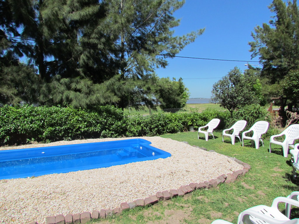Costa Mandi Bed & Breakfast