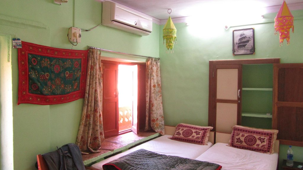 Residency Centre Point Guest House