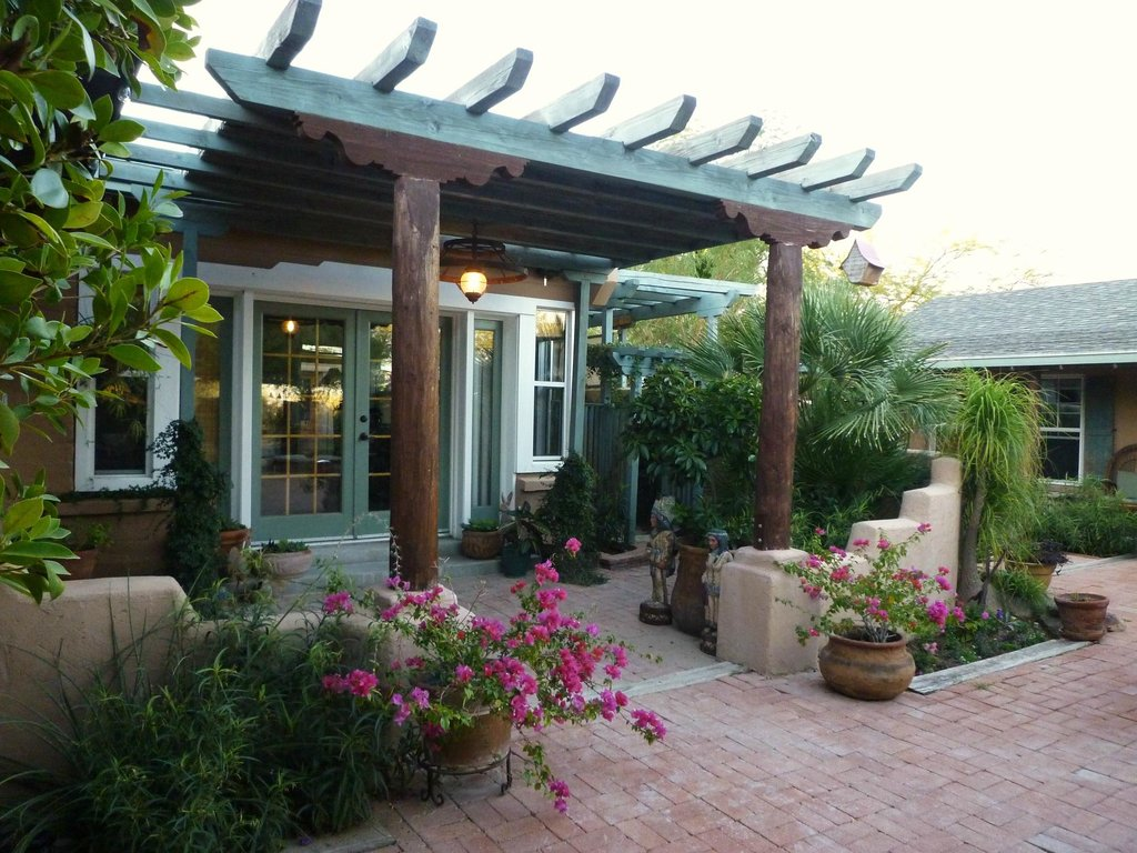 Rancho Sonora Inn & Casitas