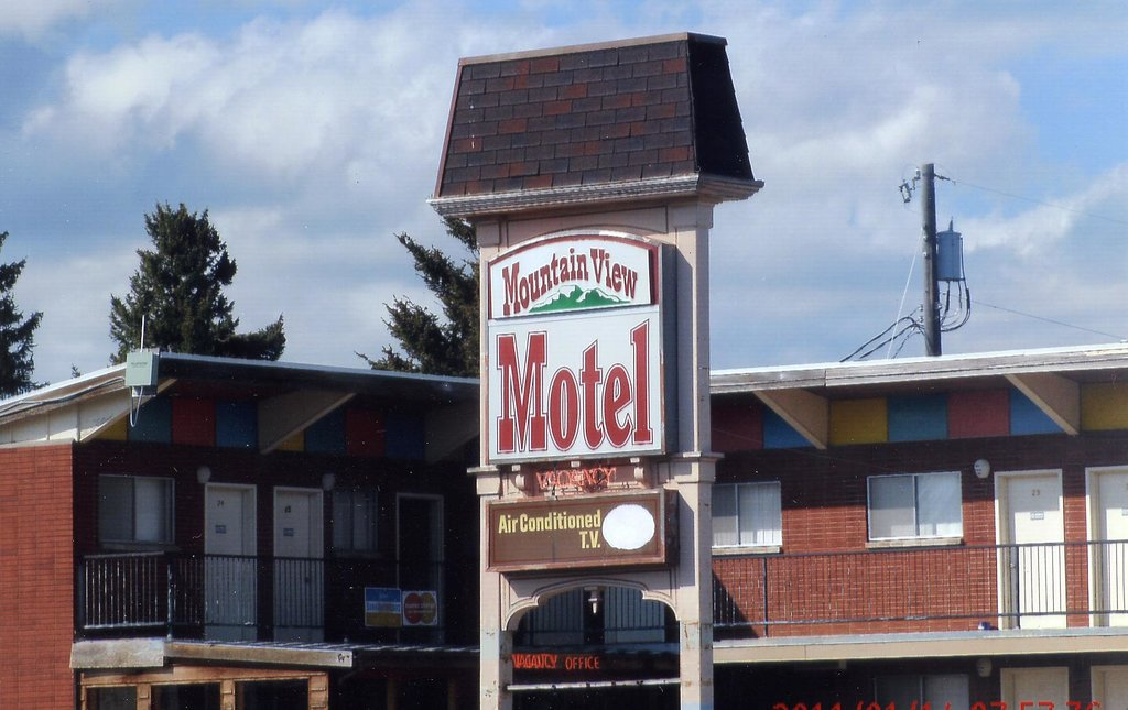 ‪Mountain View Motel‬