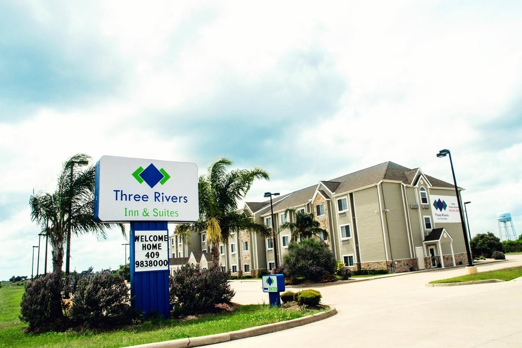 Three Rivers Inn & Suites Port Arthur