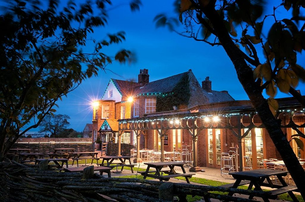 The Lodge Inn