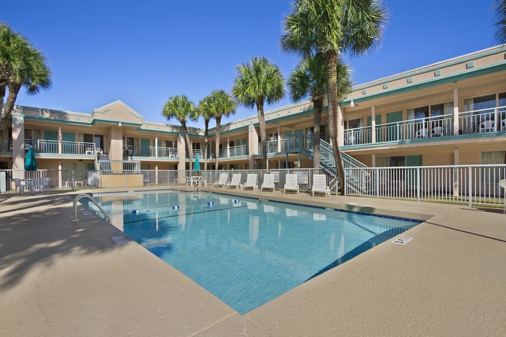 Super 8 Motel - Myrtle Beach/Ocean Blvd.