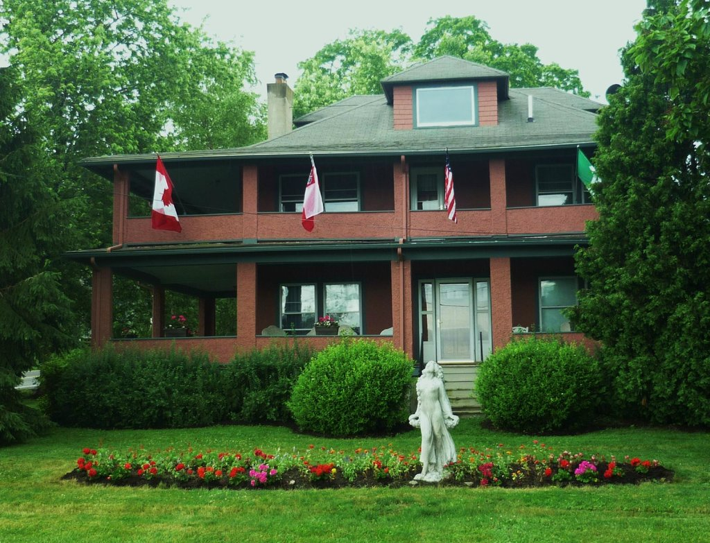 1922 Starkey House Bed & Breakfast Inn