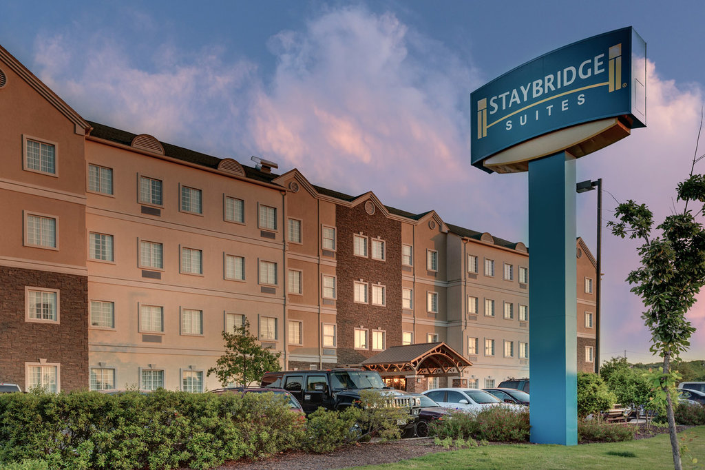 Staybridge Suites Austin Airport
