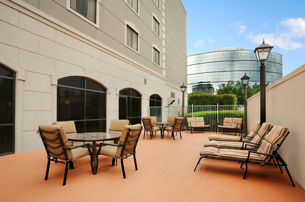 Embassy Suites by Hilton Dallas - Near the Galleria