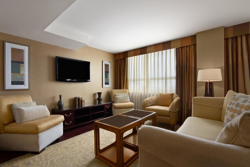 Embassy Suites by Hilton Baltimore - Inner Harbor