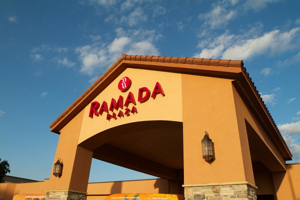 Ramada Plaza Omaha Hotel & Convention Center