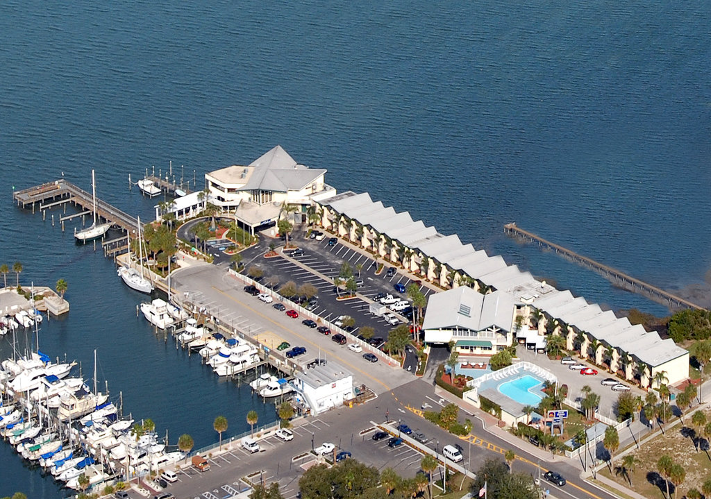 ‪BEST WESTERN PLUS Yacht Harbor Inn‬