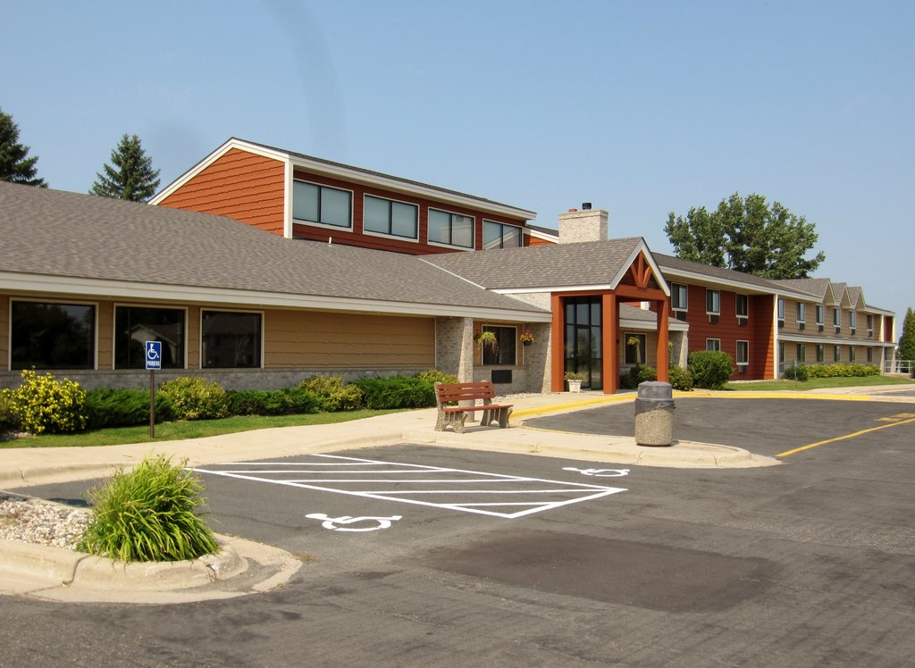 ‪AmericInn Lodge & Suites Hutchinson‬