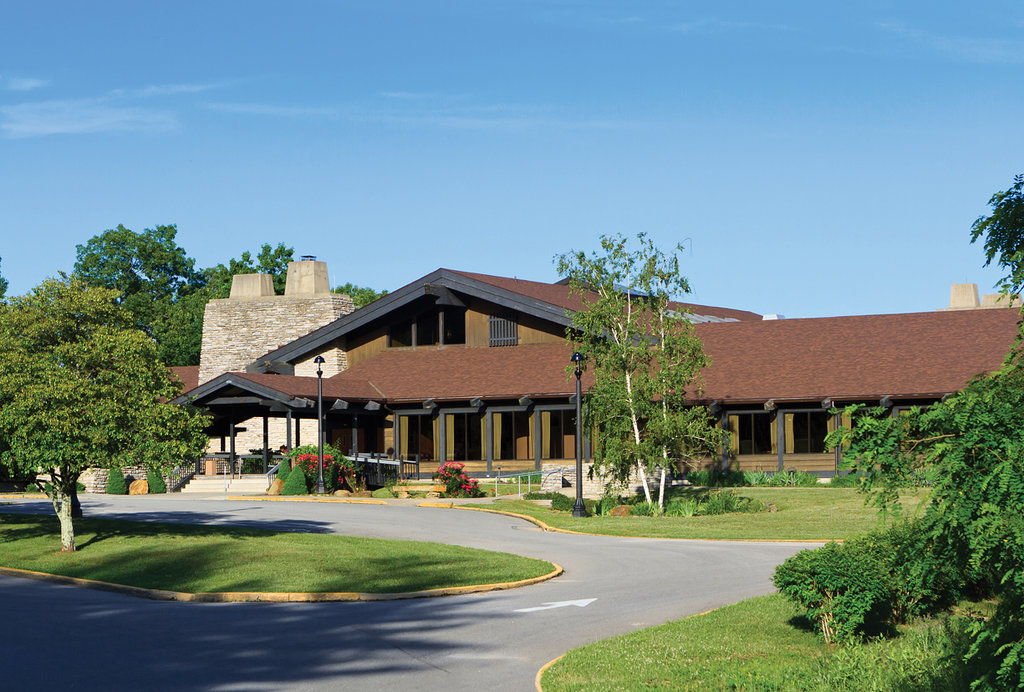 ‪Shawnee Lodge and Conference Center‬