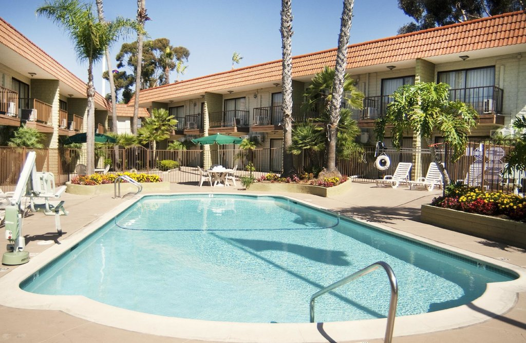 ‪BEST WESTERN Oceanside Inn‬