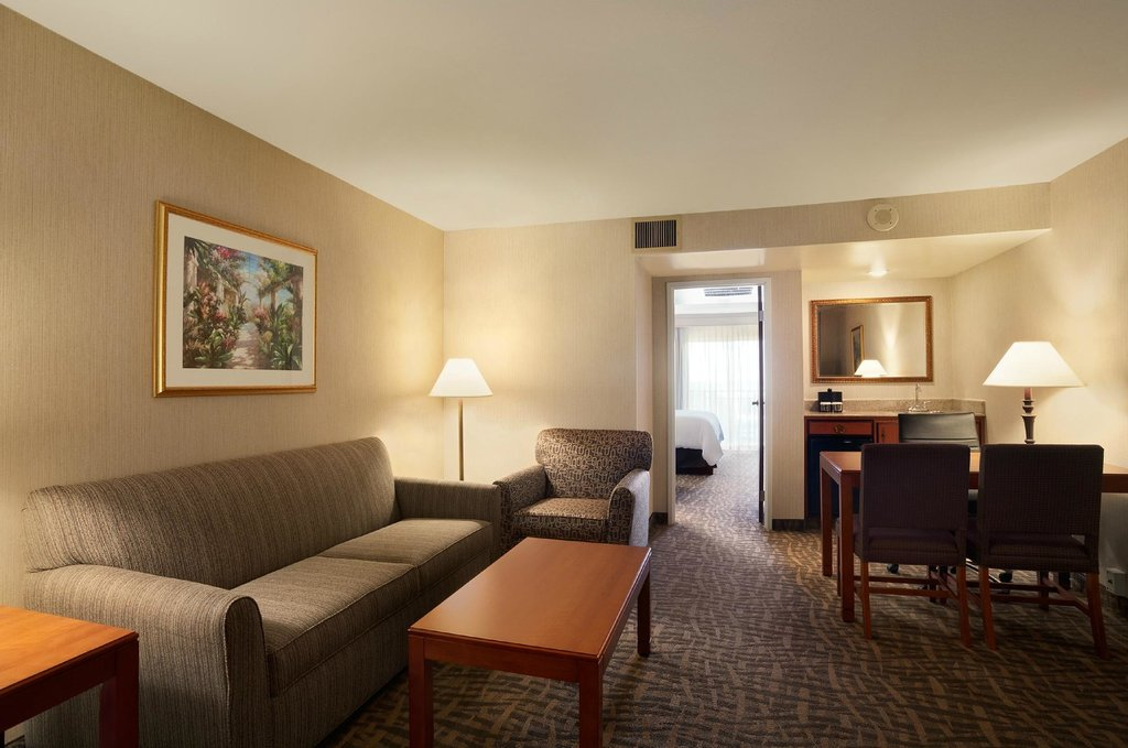Embassy Suites by Hilton Santa Ana - Orange County Airport North