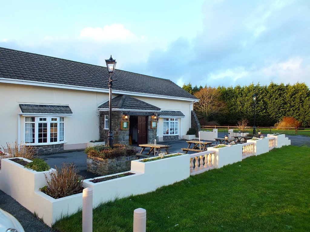 Silverdale Inn & Lodge