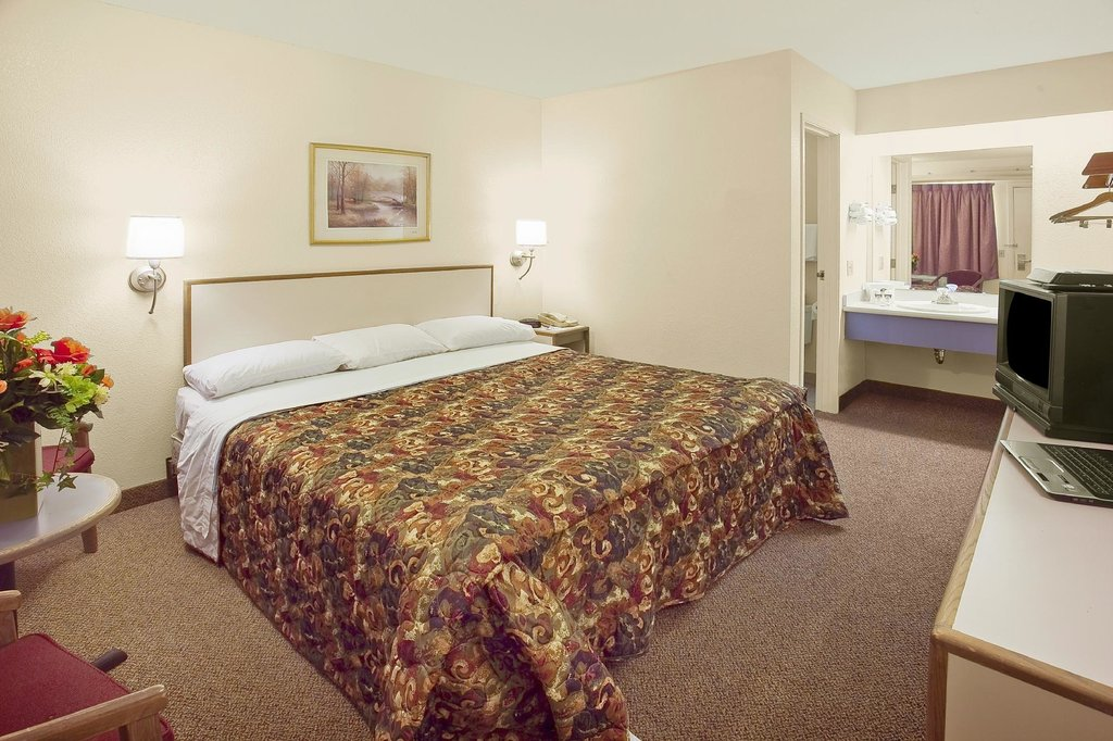 Americas Best Value Inn - Pittsburgh Airport
