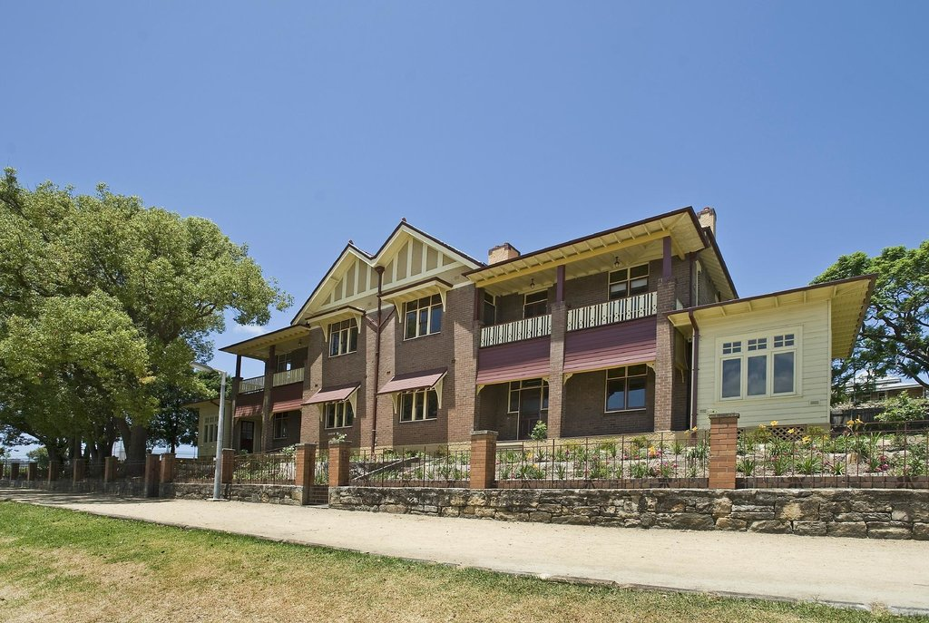 Cockatoo Island Heritage Houses