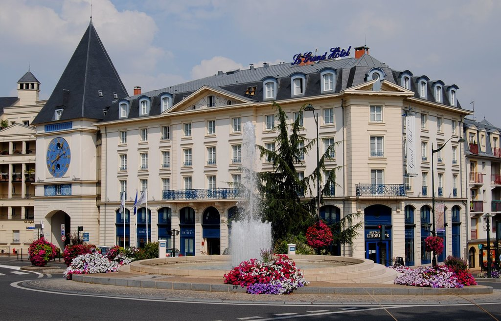 ‪Plessis Grand Hotel‬