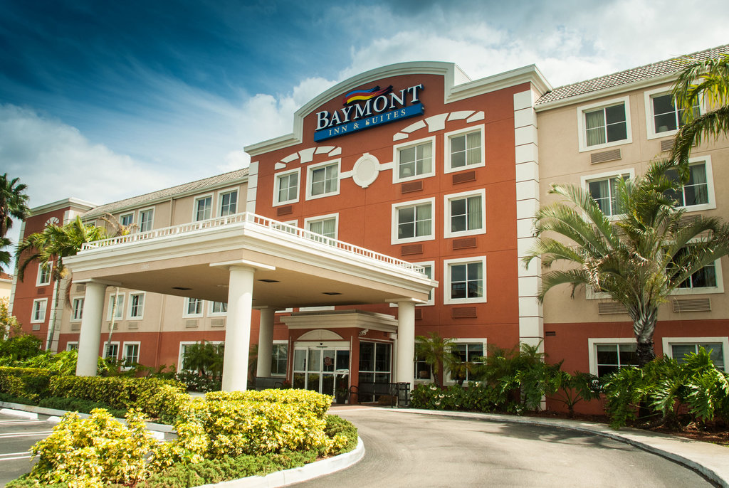 ‪Baymont Inn & Suites Miami Airport West‬