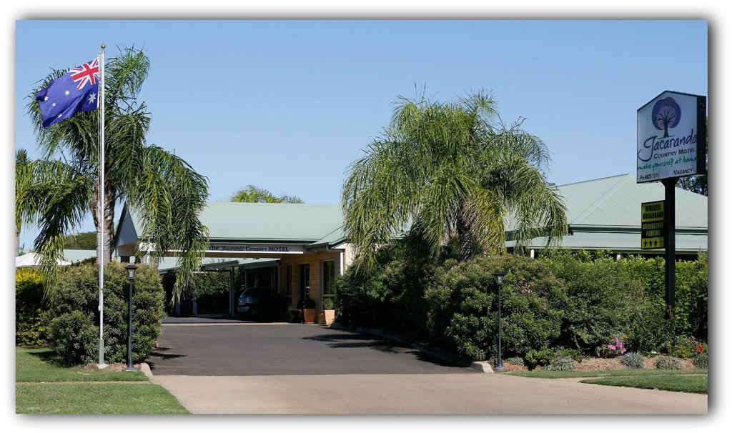 Jacaranda Country Motel