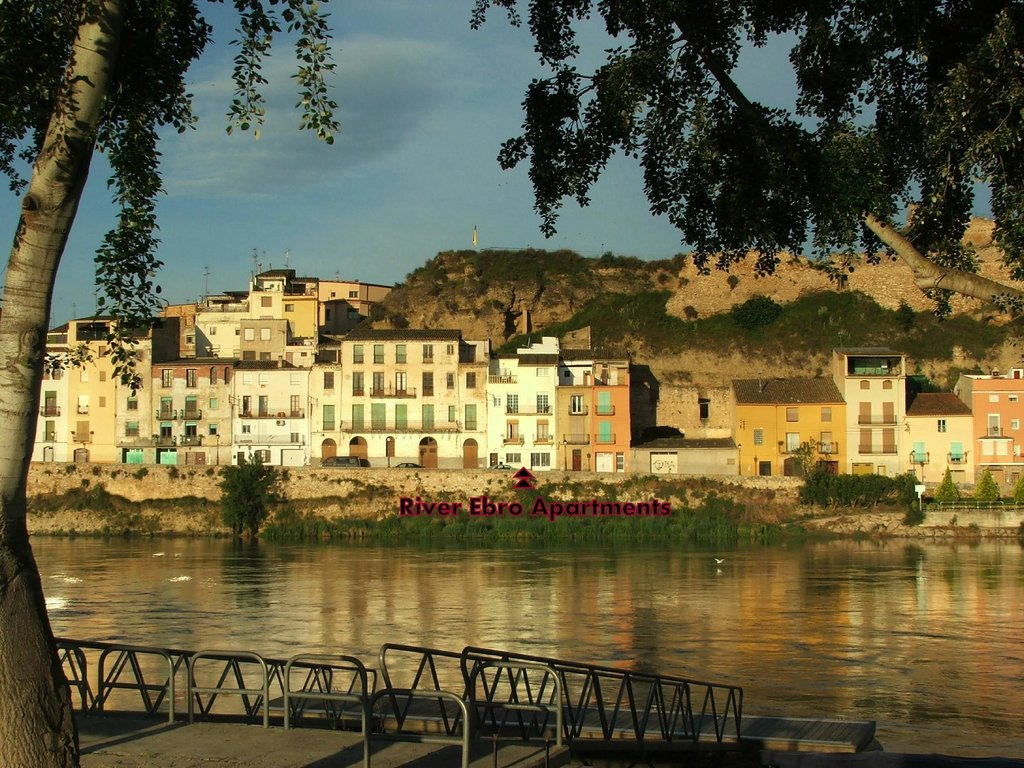 River Ebro Apartments
