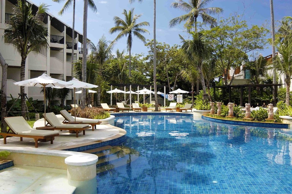 Horizon Karon Beach Resort & Spa