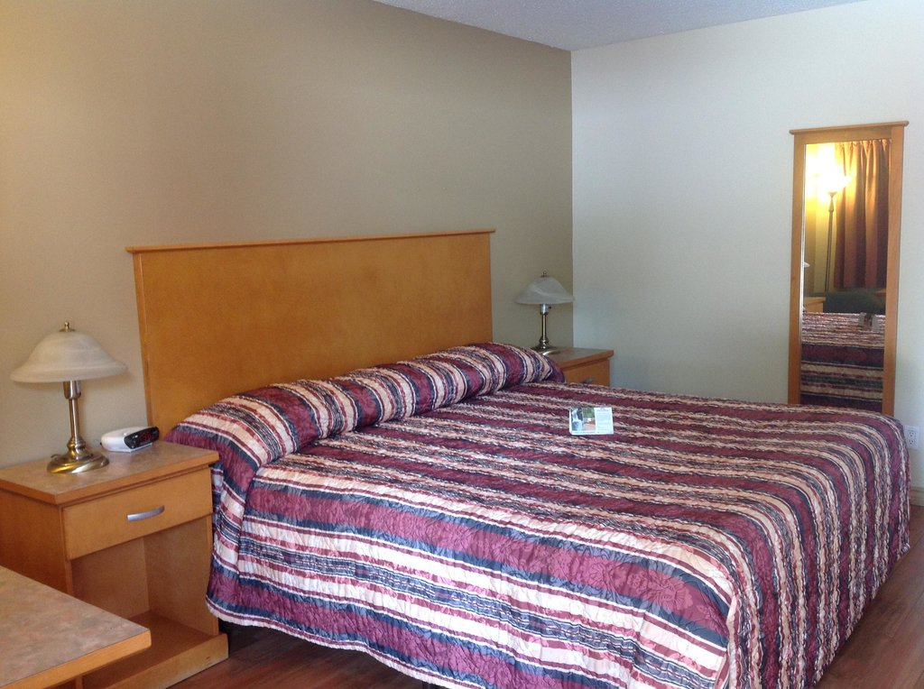 Vernon Inn and Suites