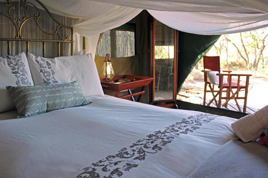 ‪KwaMbili Game Lodge‬