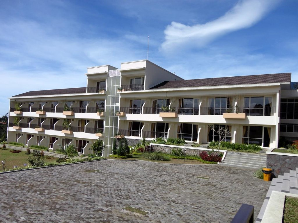 Casa Monte Rosa Hotel – Puncak Mountain Resort