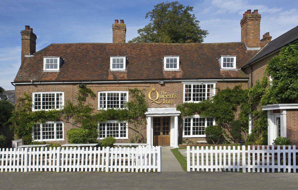 The Queen's Inn
