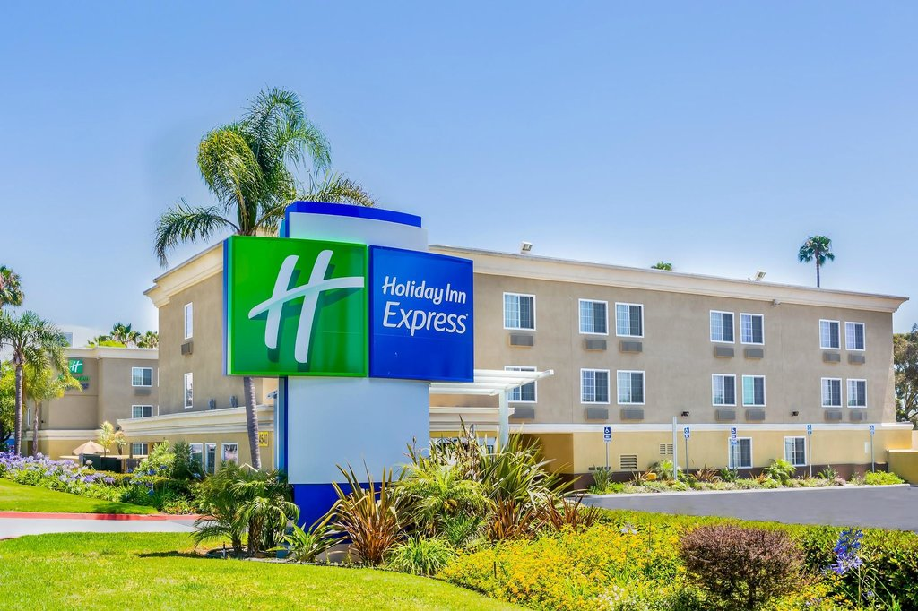 ‪Holiday Inn Express San Diego Sea World - Beach Area‬