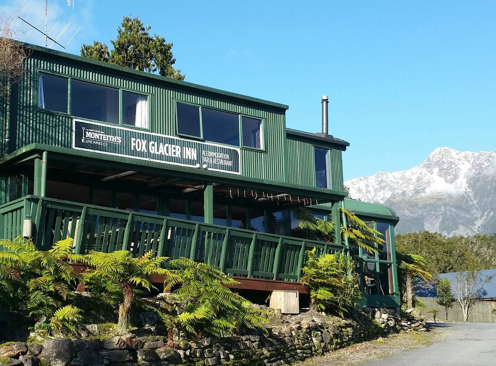 ‪Fox Glacier Inn‬
