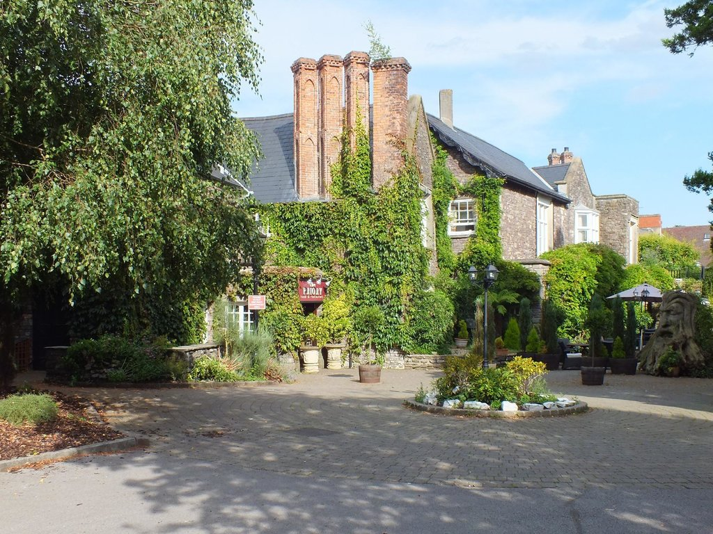 The Priory Hotel & Restaurant