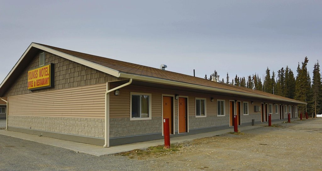 Young's Motel
