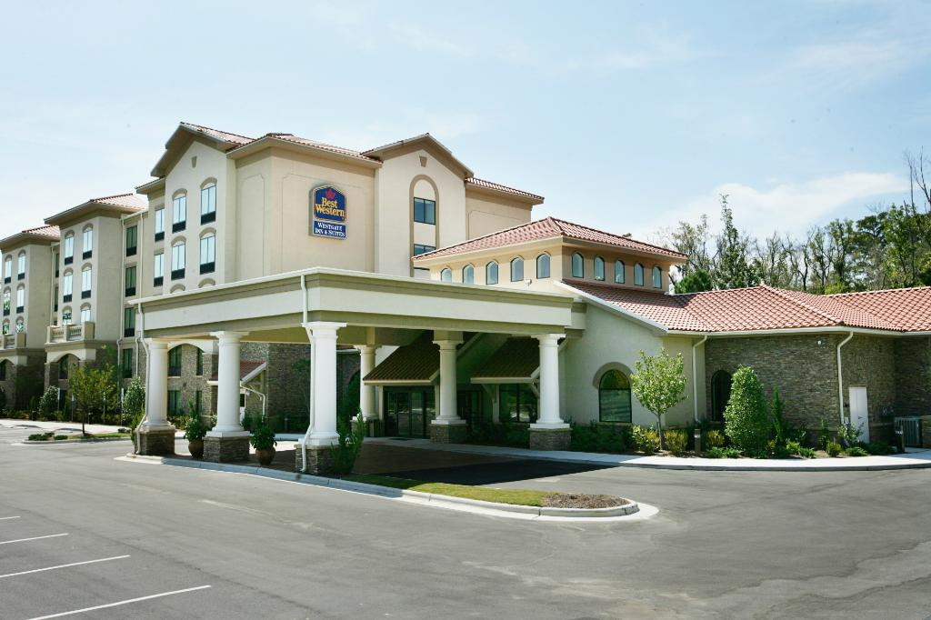 ‪BEST WESTERN PLUS Westgate Inn & Suites‬