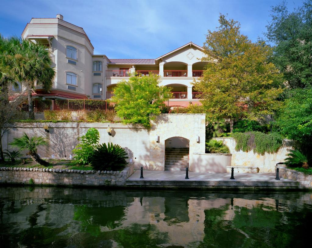 Hotel Indigo San Antonio Riverwalk