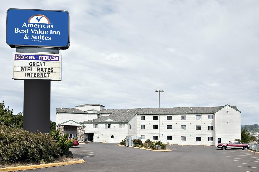 Inn at Yaquina Bay
