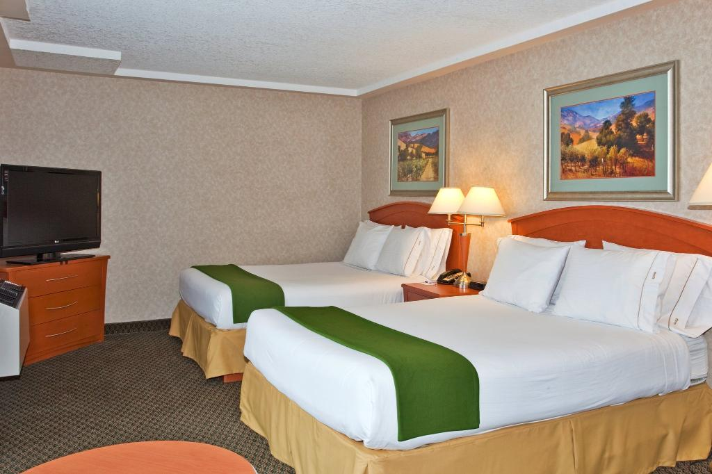 Holiday Inn Express Calgary