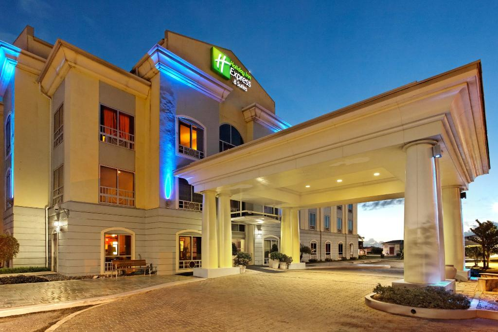 ‪Holiday Inn Express Trincity Trinidad Airport‬