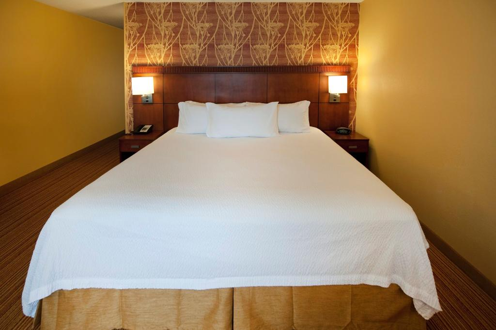 Courtyard by Marriott Winston-Salem University