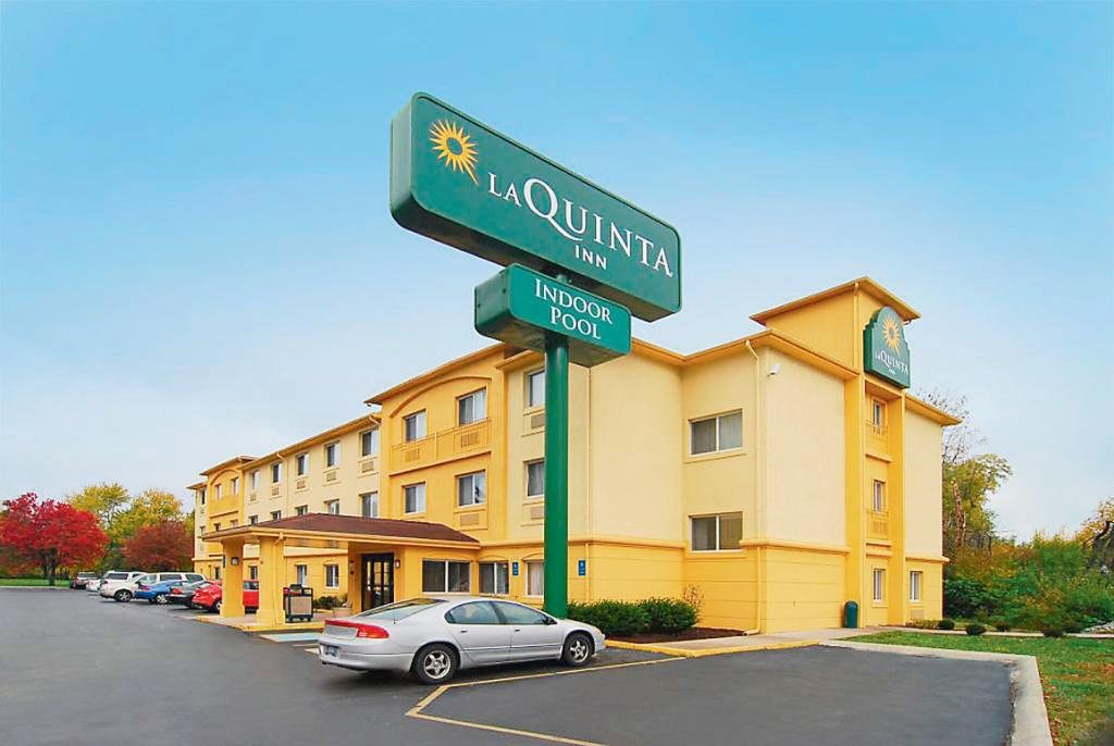 ‪La Quinta Inn Indianapolis North at Pyramids‬
