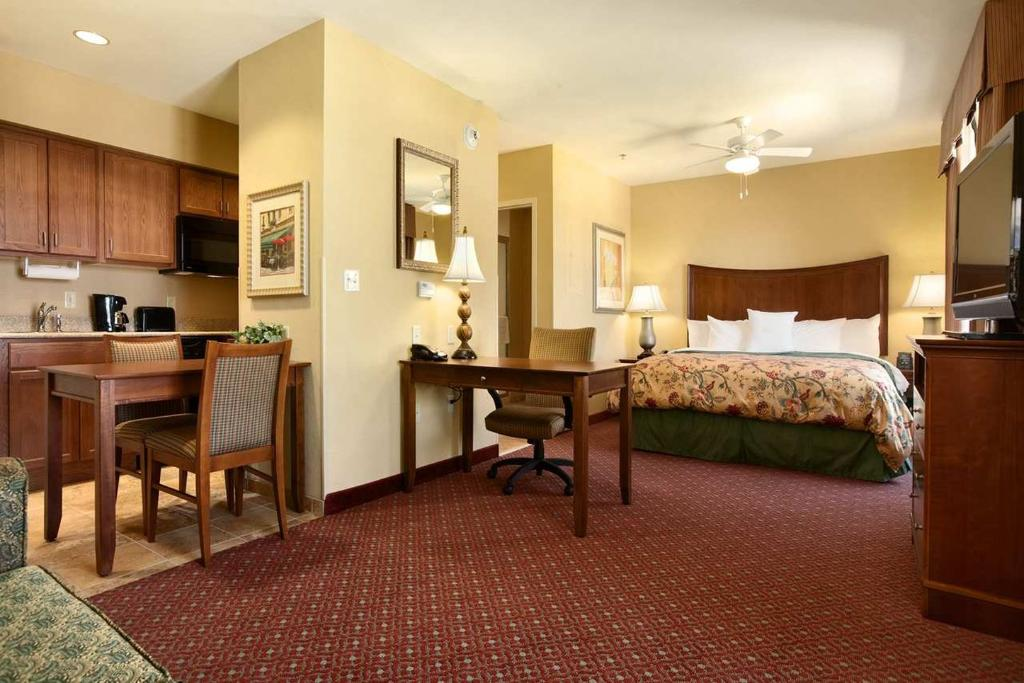 ‪Homewood Suites Decatur-Forsyth‬