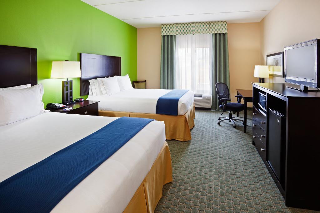 ‪Holiday Inn Express Hotel & Suites Newport South‬