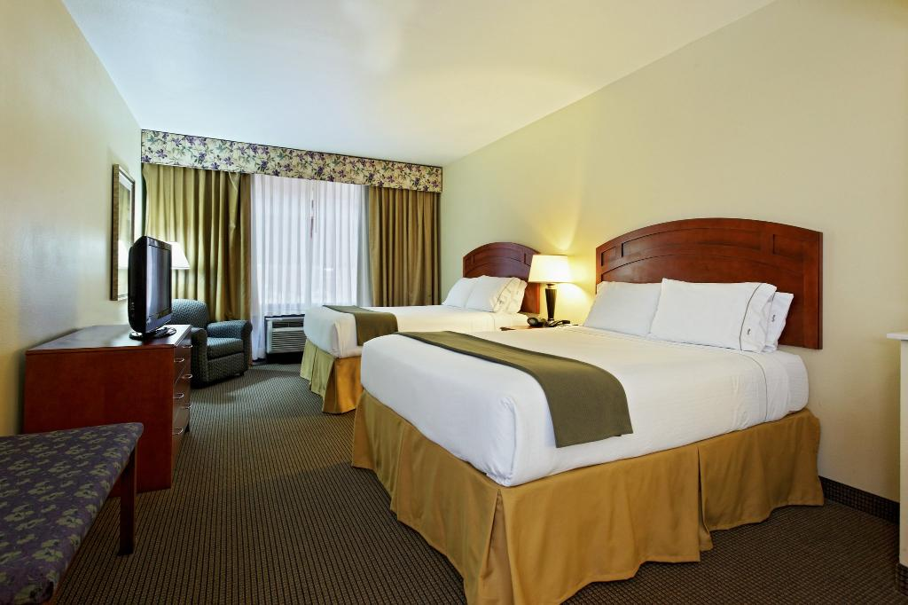 Holiday Inn Express-Burleson
