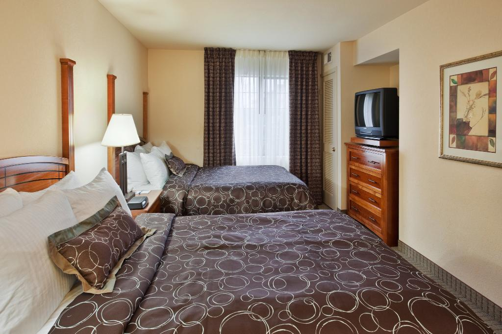 Staybridge Suites Portland Airport