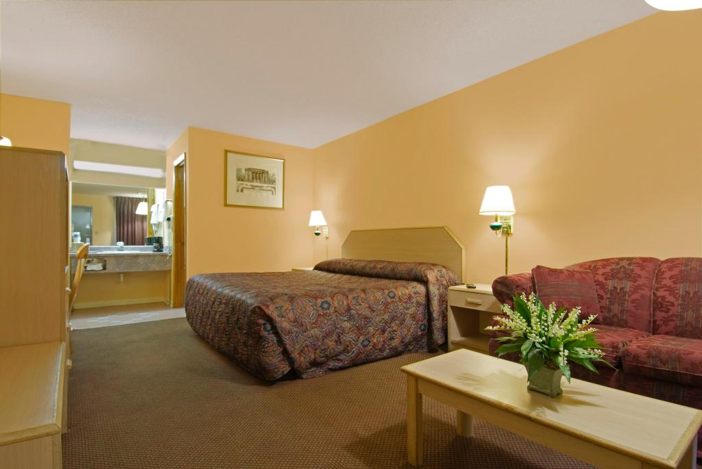 Americas Best Value Inn - Concord NC