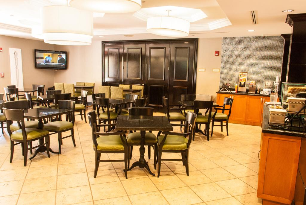 ‪BEST WESTERN PLUS Miami Airport West Inn & Suites‬